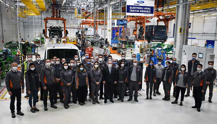 Ford Otosan Fabrika Çalışanları