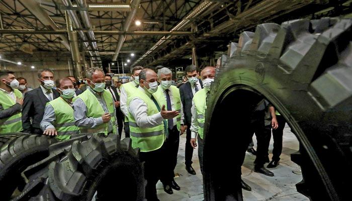 Bakan Mustafa Varank PETLAS Fabrikasını Ziyaret etti